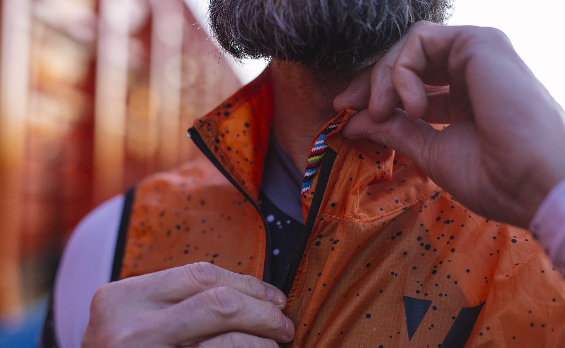 wind-vest-orange-spray-7